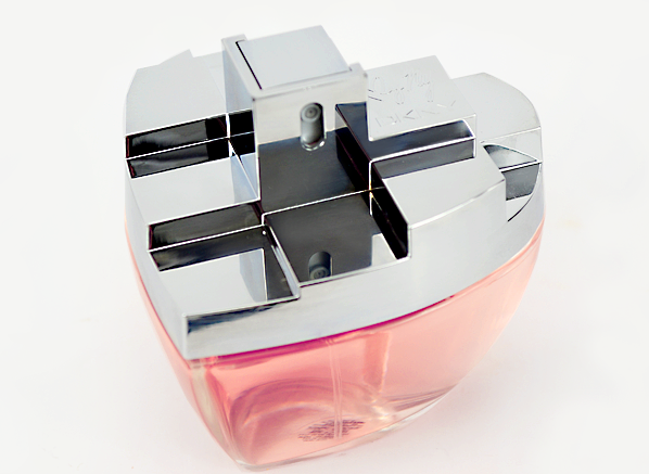 DKNY-MYNY-Bottle-Side